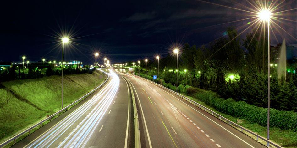 светодиодное освещение улиц, дорог, магистралей, дворов